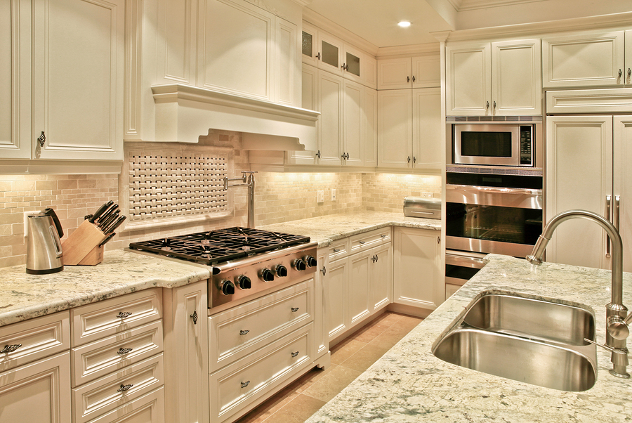 Modern Luxury Kitchen With White Cabinets And Marble Countertops